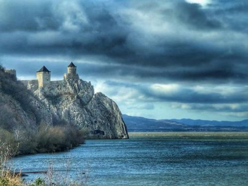 Going Medieval: Waterfowling the Two Towers of Serbia