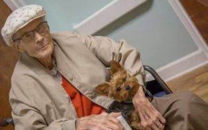 Hospice Program Helps End-Of-Life Patients Keep Their Pets