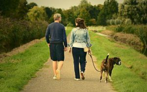 New Dating App Helps Dog People Find Puppy Love