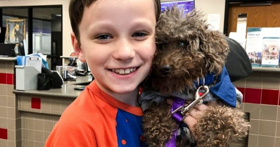 Awesome Kid Rescues The Oldest Dog At A Shelter