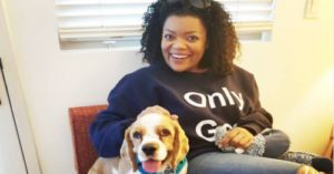 Yvette Nicole Brown Just Adopted Her Canine Co-Star From The 'Lady And The Tramp' Remake